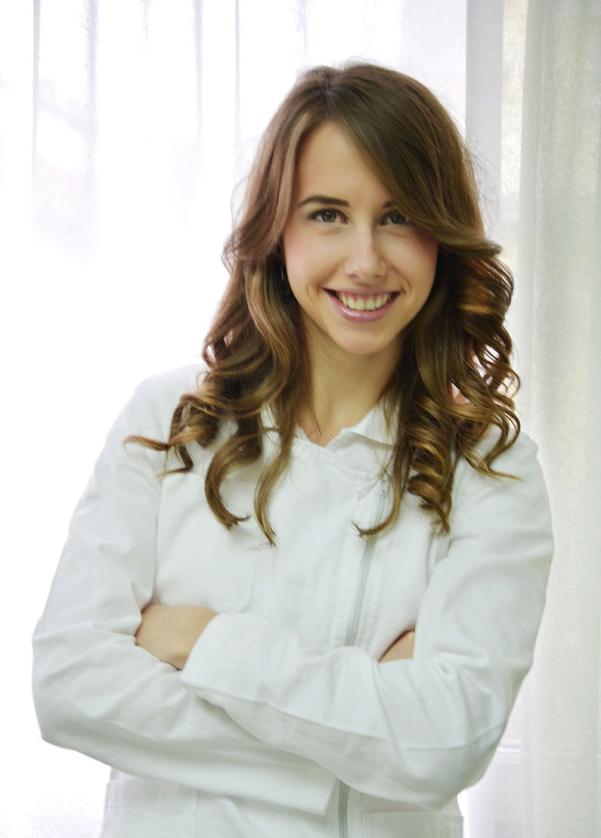 Dr Eleonora Bede