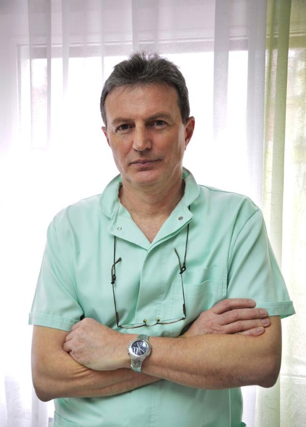 Dr Petar Bede